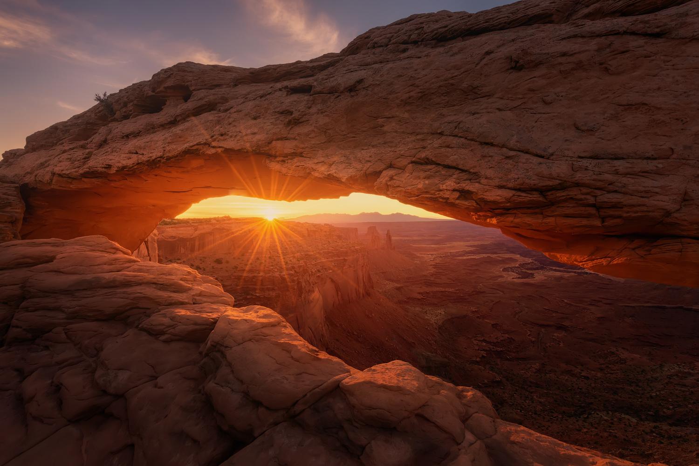 Mesa Sunrise by Hugo Valle