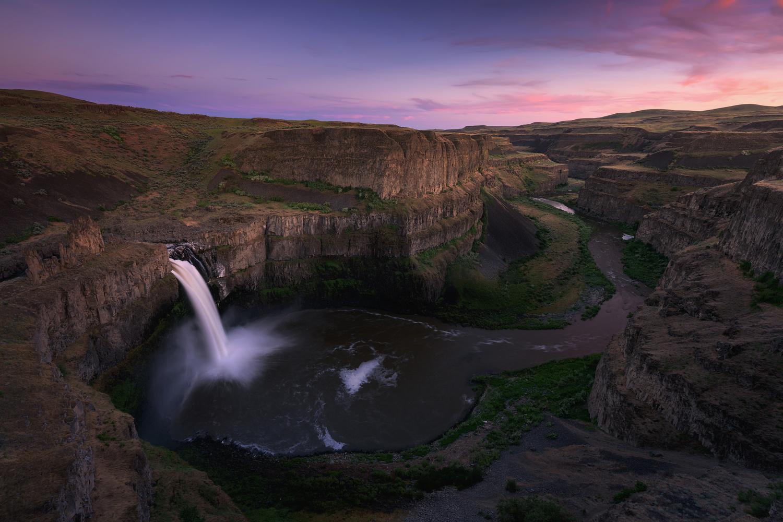 Palouse Sunset by Hugo Valle