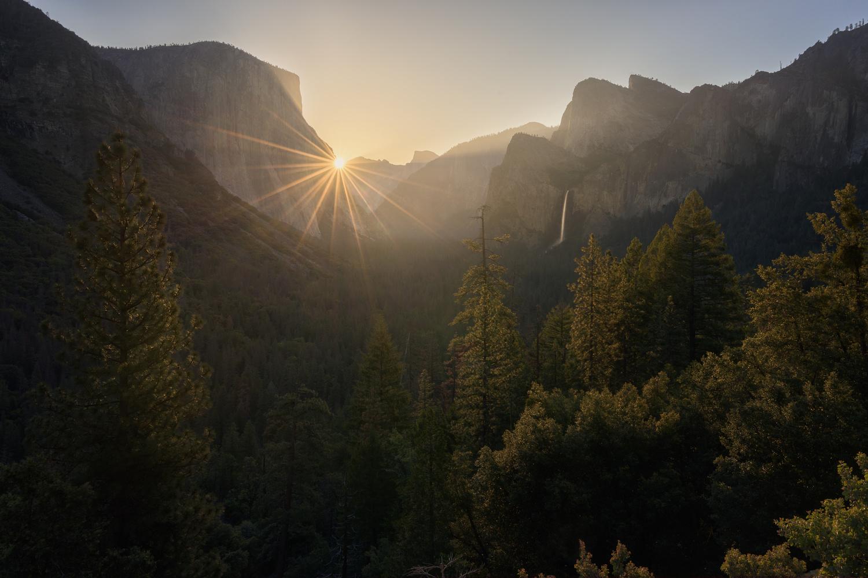 Yosemite Star by Hugo Valle
