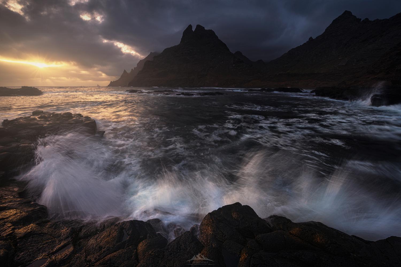 """""""Broken Sea"""" by Hugo Valle"""