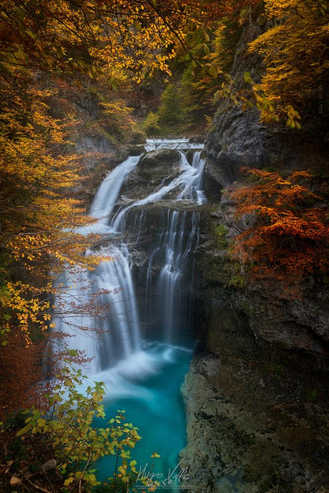 Ordesa Falls by Hugo Valle