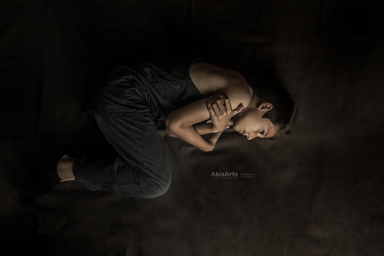 silent screaming by Akis Douzlatzis