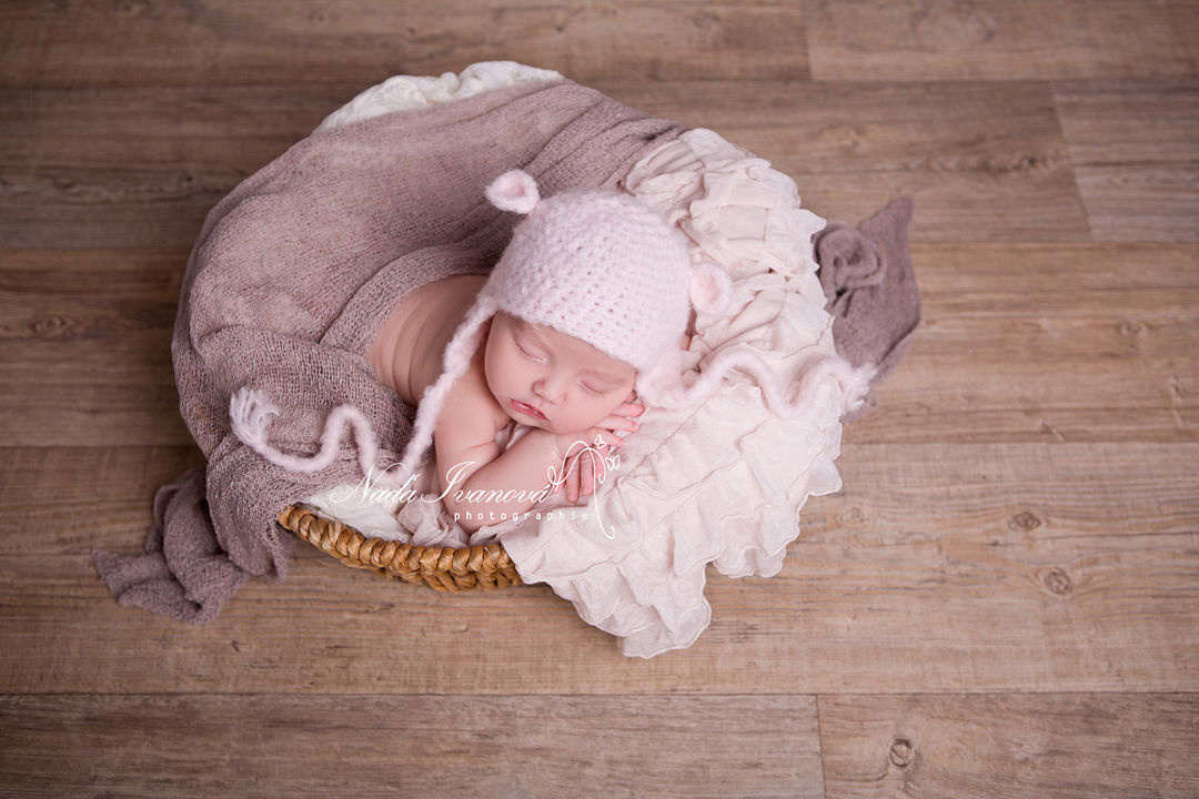 photographe bébé proche montpellier by Nada Ivanova