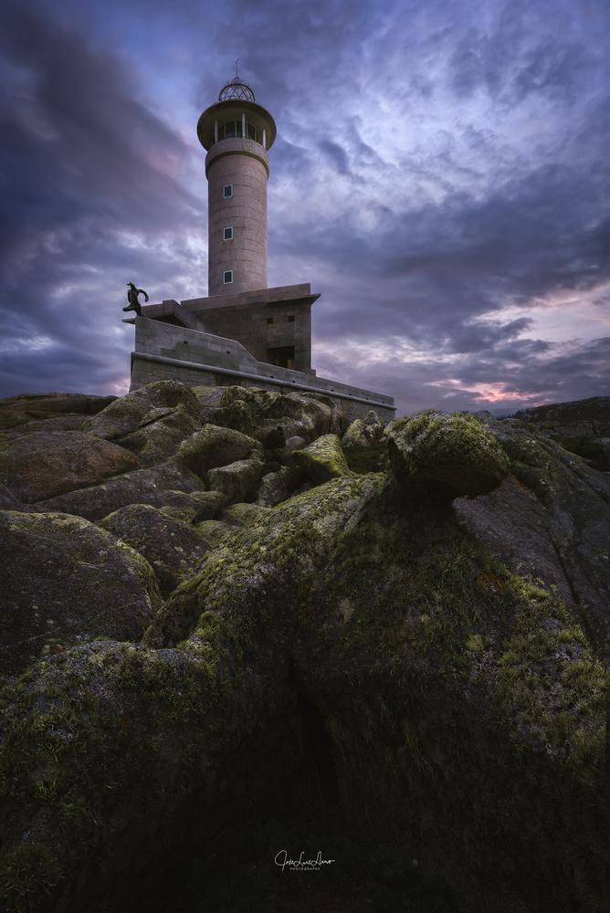 Nariga Lighthouse by Jose Luis Llano