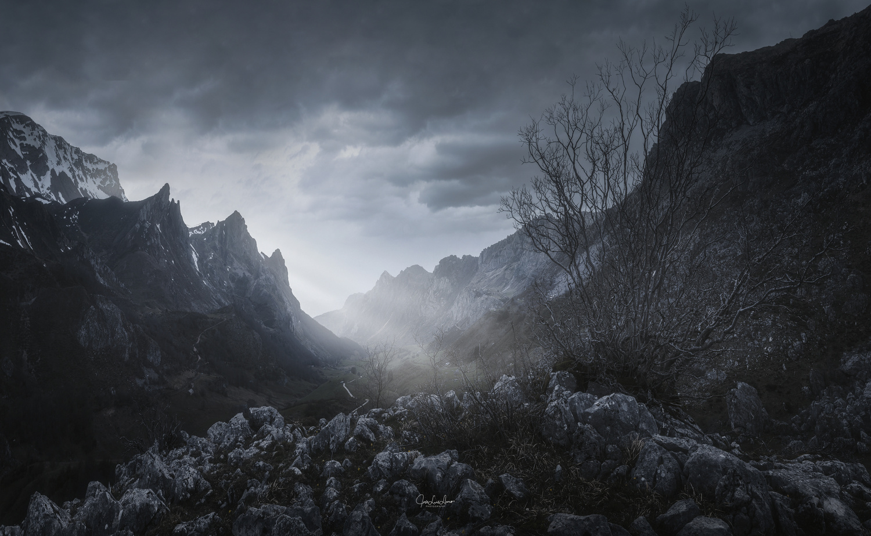 Mountain lights by Jose Luis Llano