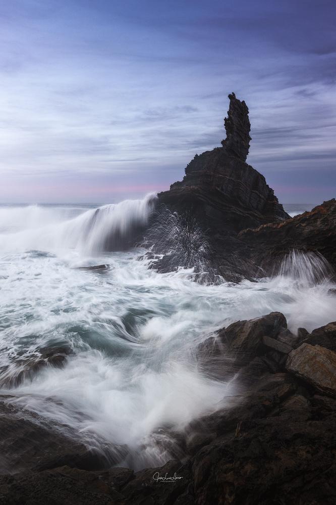 Splash by Jose Luis Llano
