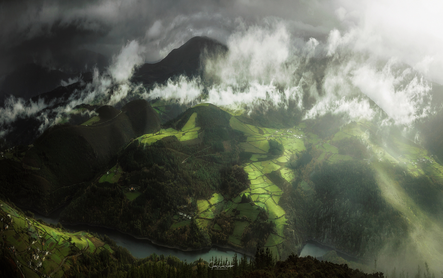 Misty valleys by Jose Luis Llano