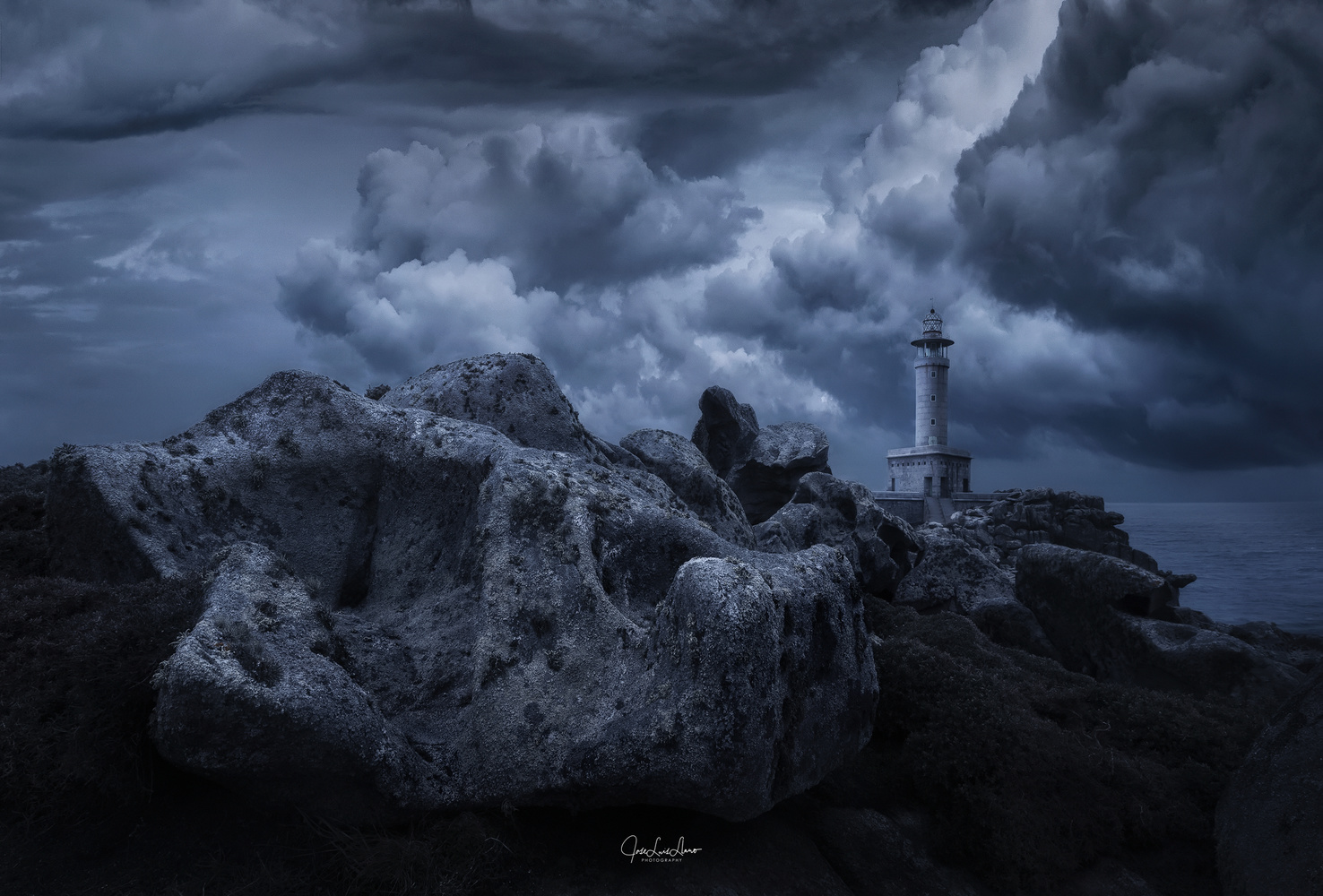 Dramatic Nariga by Jose Luis Llano