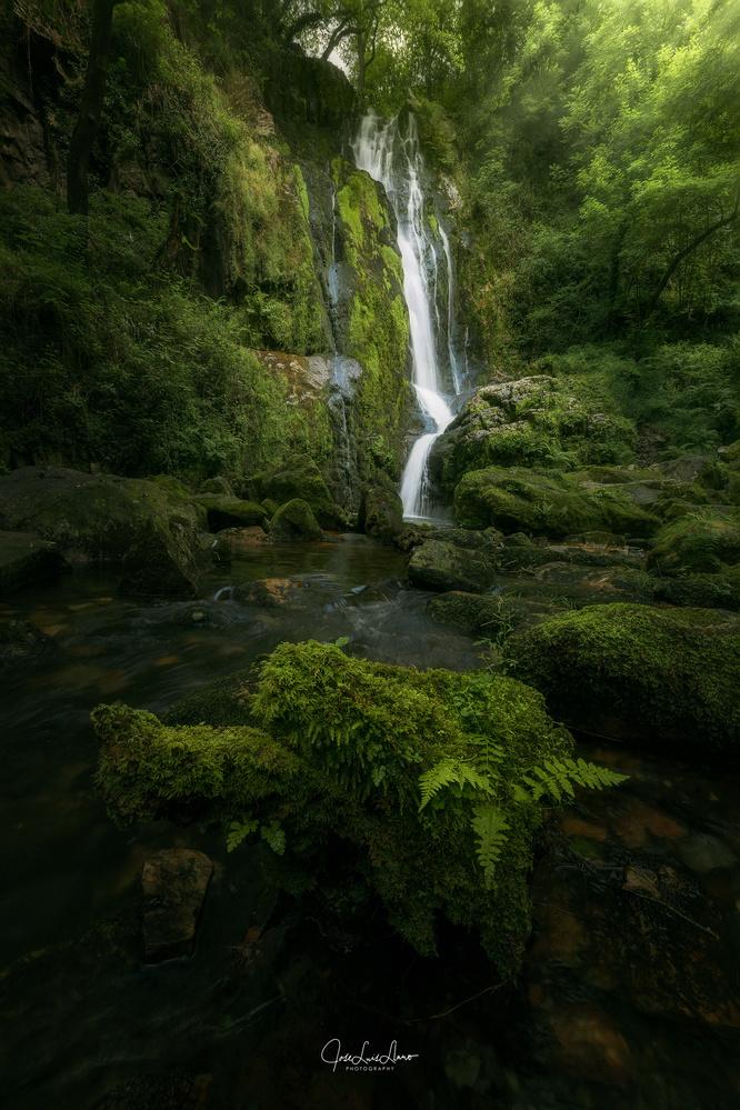 Oneta Waterfalls by Jose Luis Llano