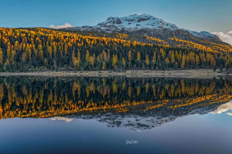 Sunset reflection by Yaz Loukhal