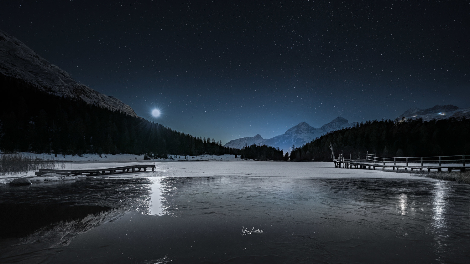 Starry night by the lake by Yaz Loukhal
