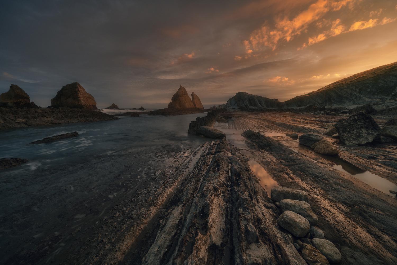Sunrise in Arnía, Cantabria by DaniGviews /Daniel