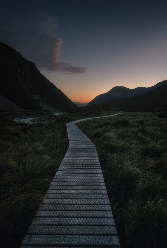 The way to the last light by DaniGviews /Daniel