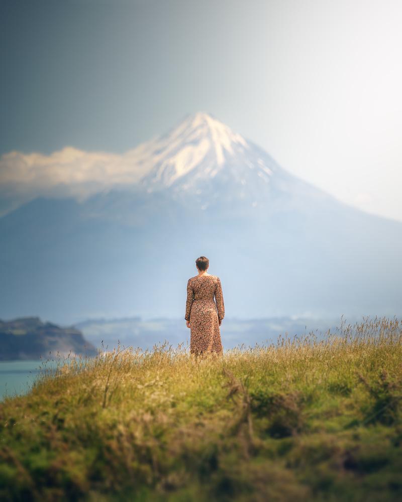 The beauty that admires the landscape by DaniGviews /Daniel