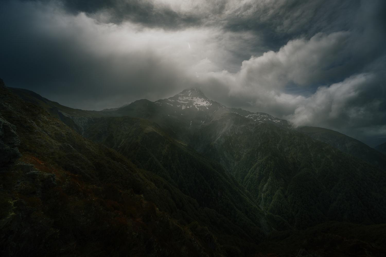 Avalanche Peak, New Zealand by DaniGviews /Daniel