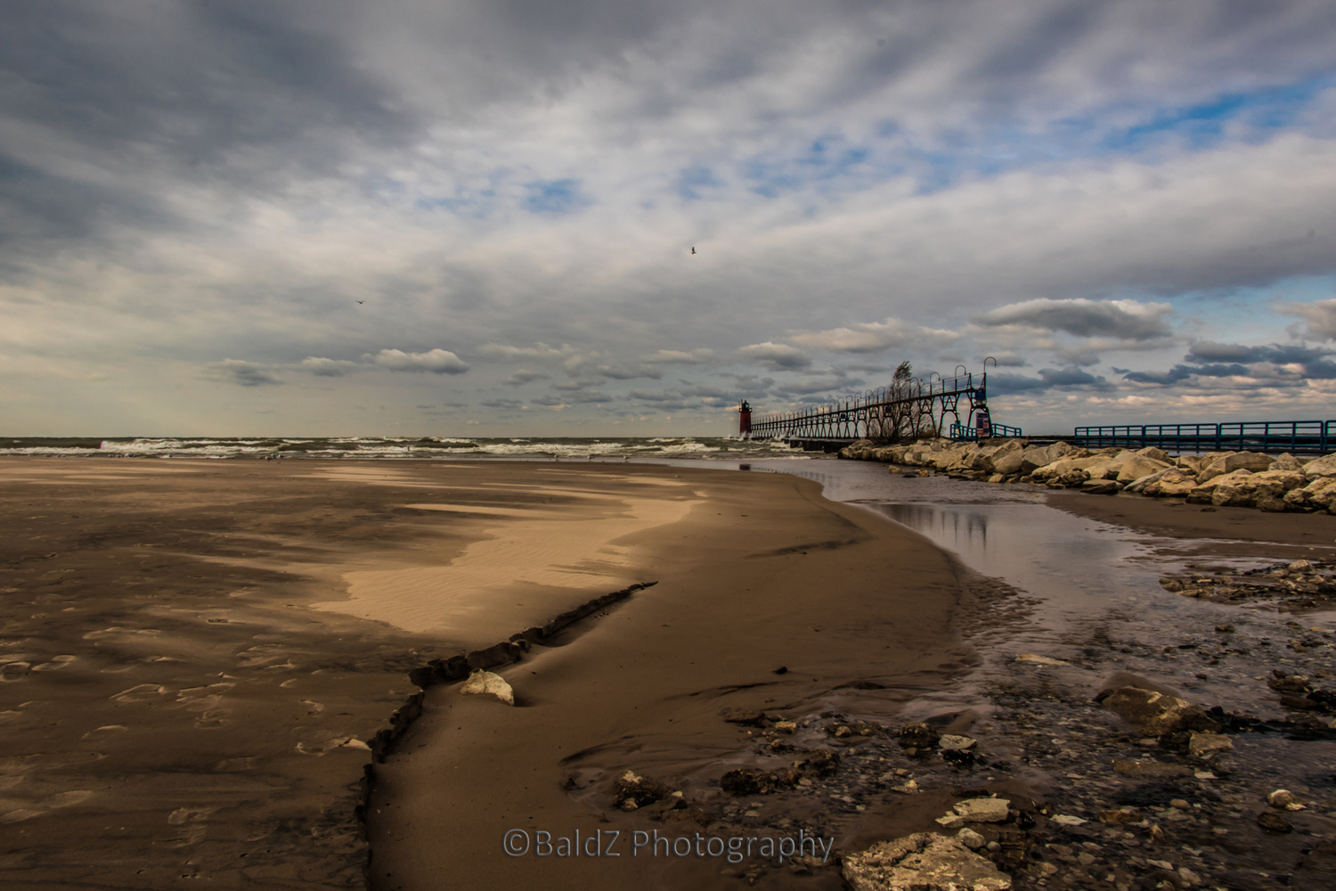 South Haven Lighthouse by Robert Zilch