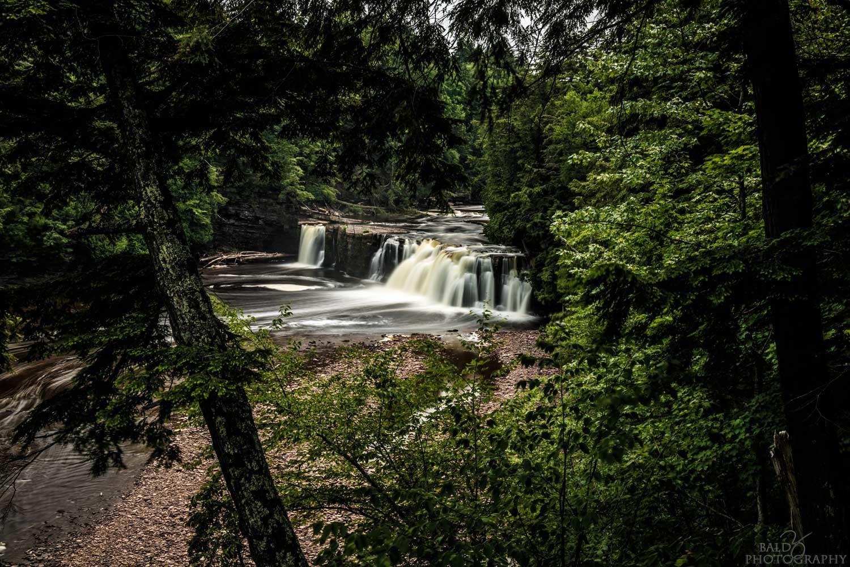 Manabezho Falls by Robert Zilch