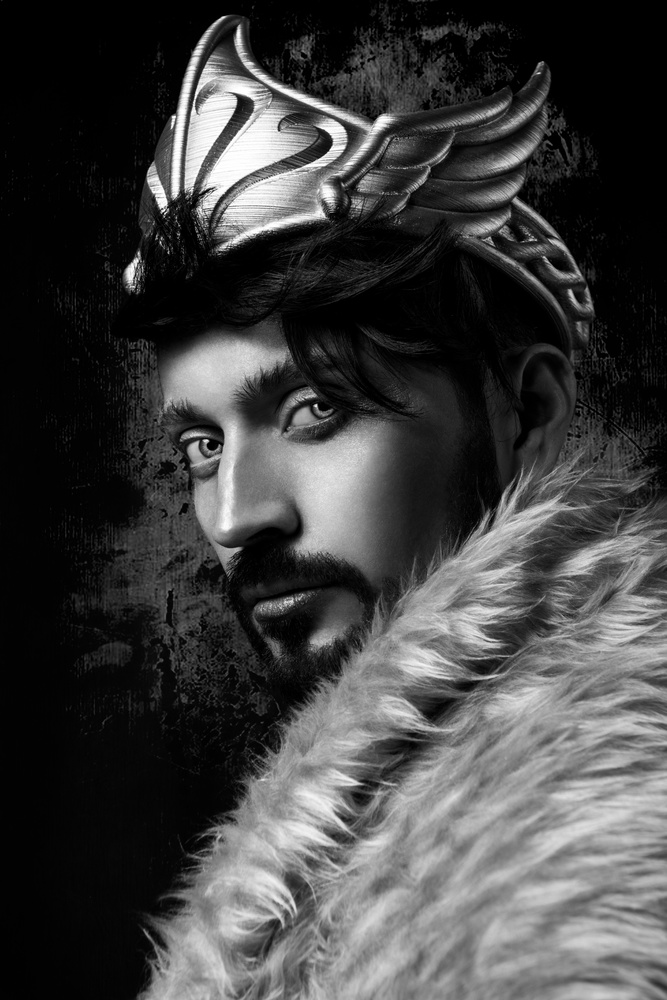The King by Yare Hdz