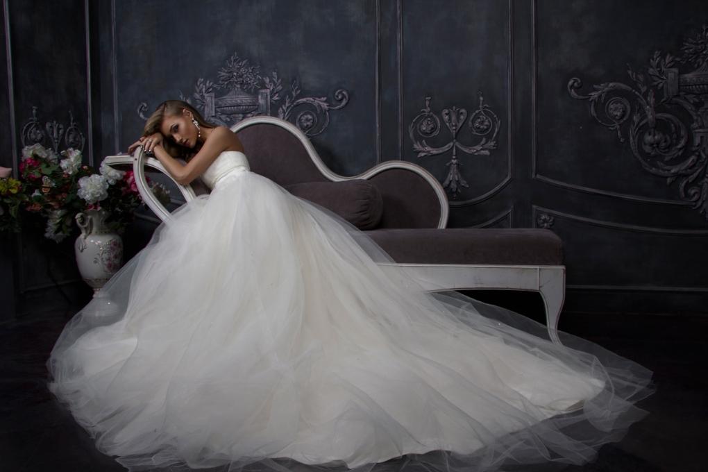 Wedding Fairytale by Pauline Niarchou