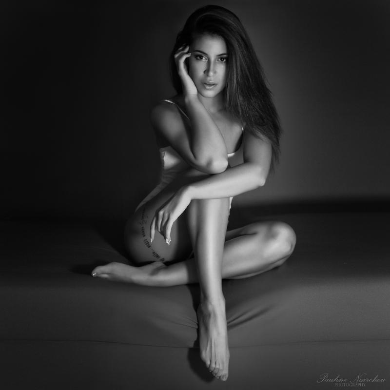 Elina by Pauline Niarchou
