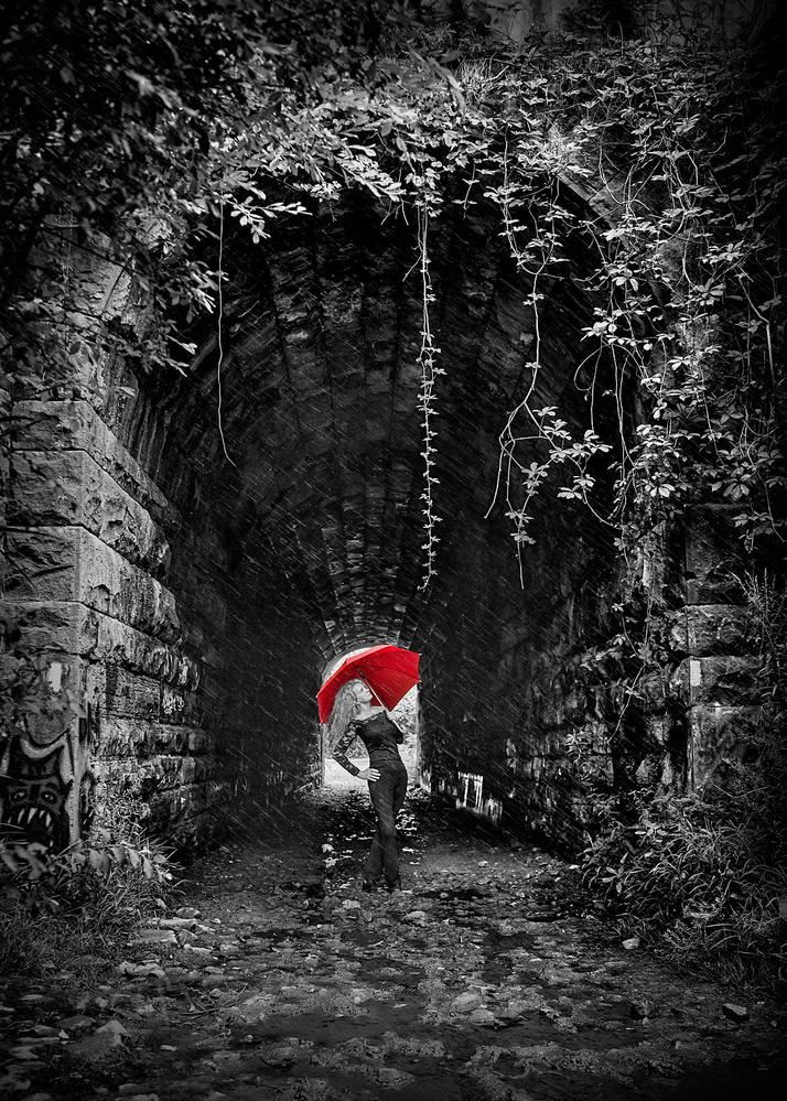 Screaming Tunnel by Hank Rintjema