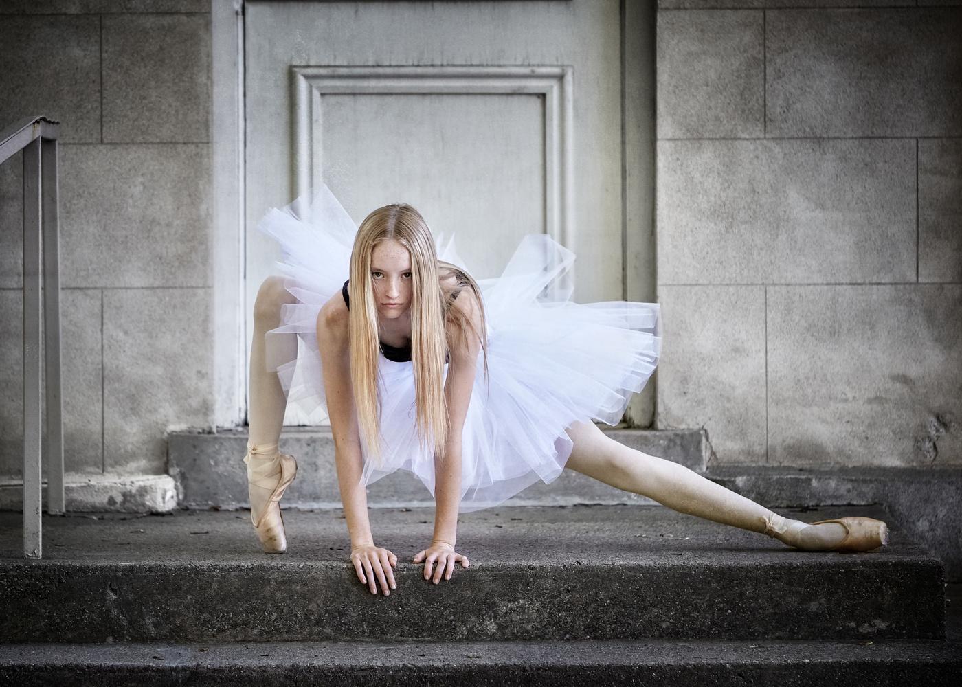 Attitude Dance by Hank Rintjema