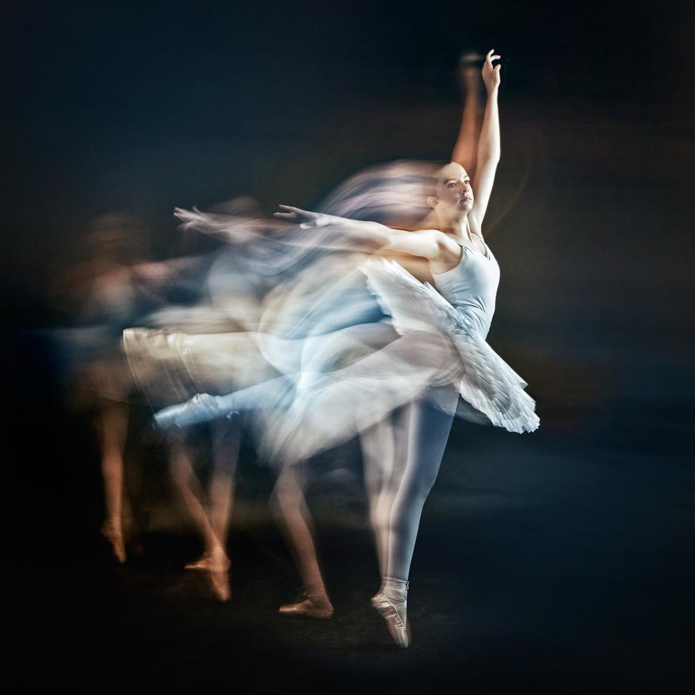 Ballerina Dance by Hank Rintjema