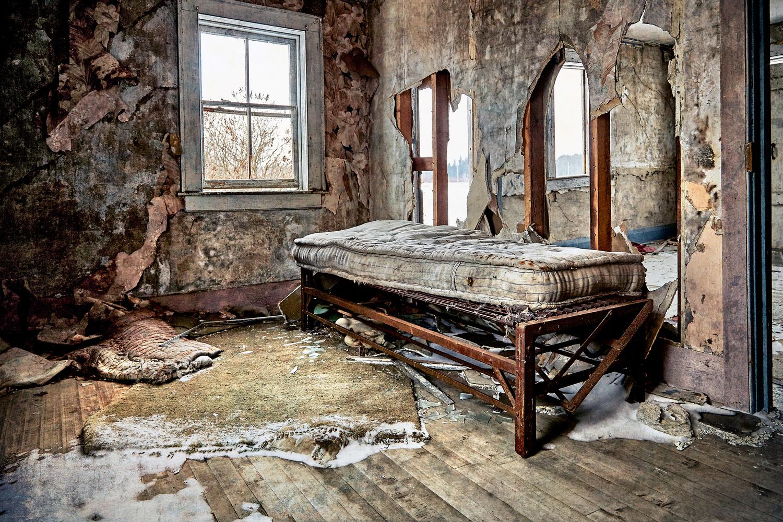 The Inn by Hank Rintjema