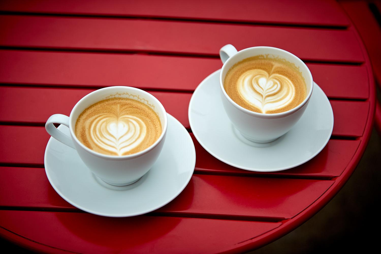 Cafe by Hank Rintjema