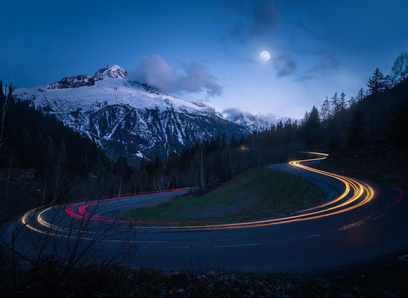 Serpentine Road by Christian Möhrle
