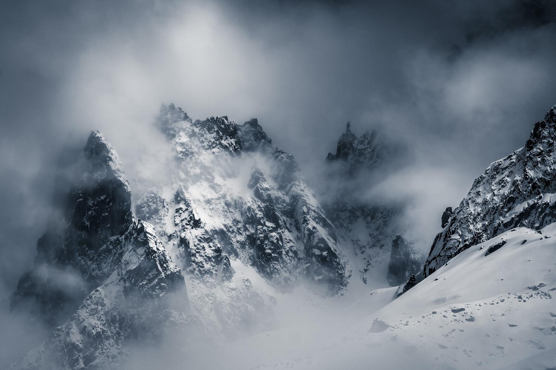 Foggy mountains by Christian Möhrle