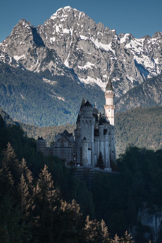 Castle Neuschwanstein by Christian Möhrle