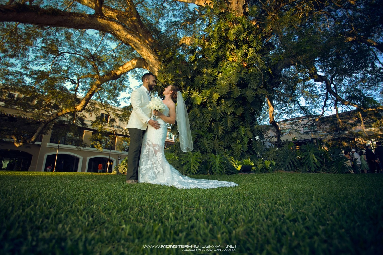 wedding  by Rene Aparicio