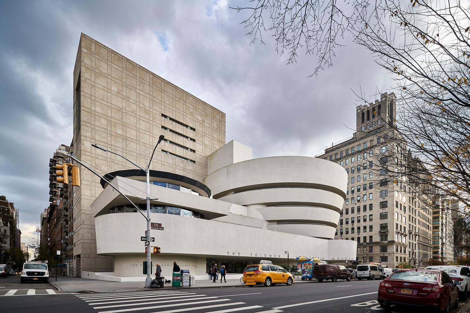 NYC Guggenheim by Sebastian Grundgeir