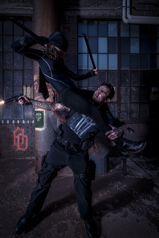 Lady Daredevil vs Punisher Cosplay by Raymond Craig