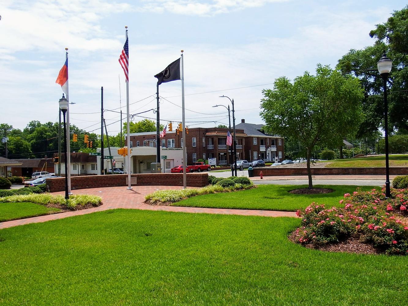 Veterans Memorial by Michael Lewis