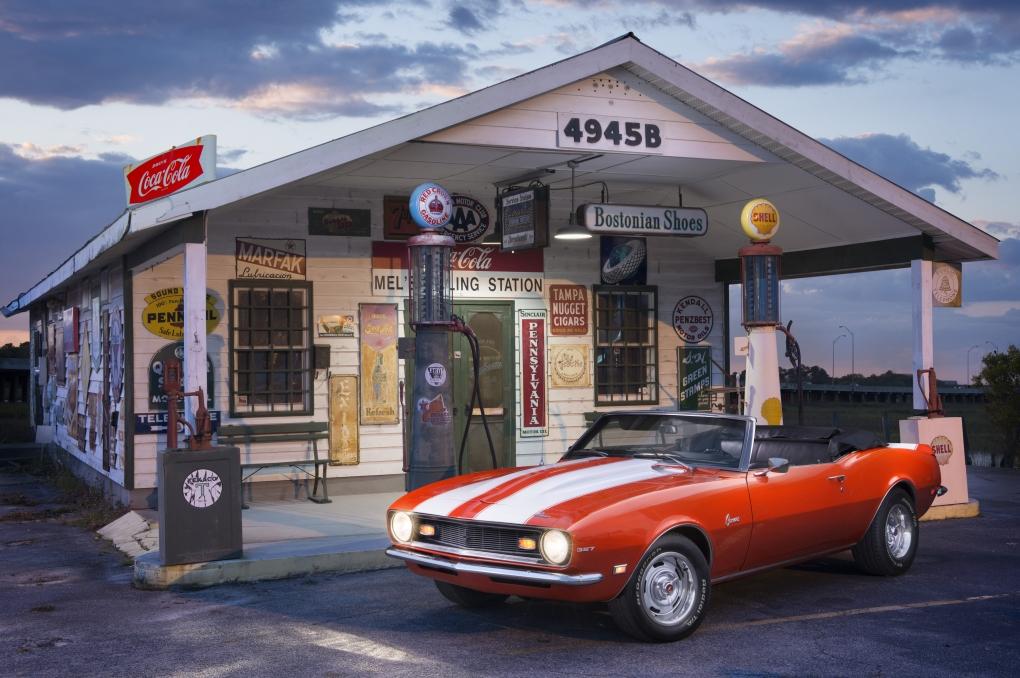 1968 camaro by Lee Morris
