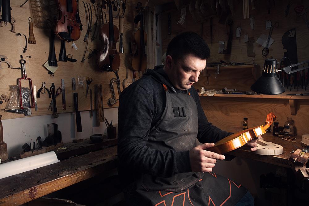 Luthier by Filip Kowalkowski