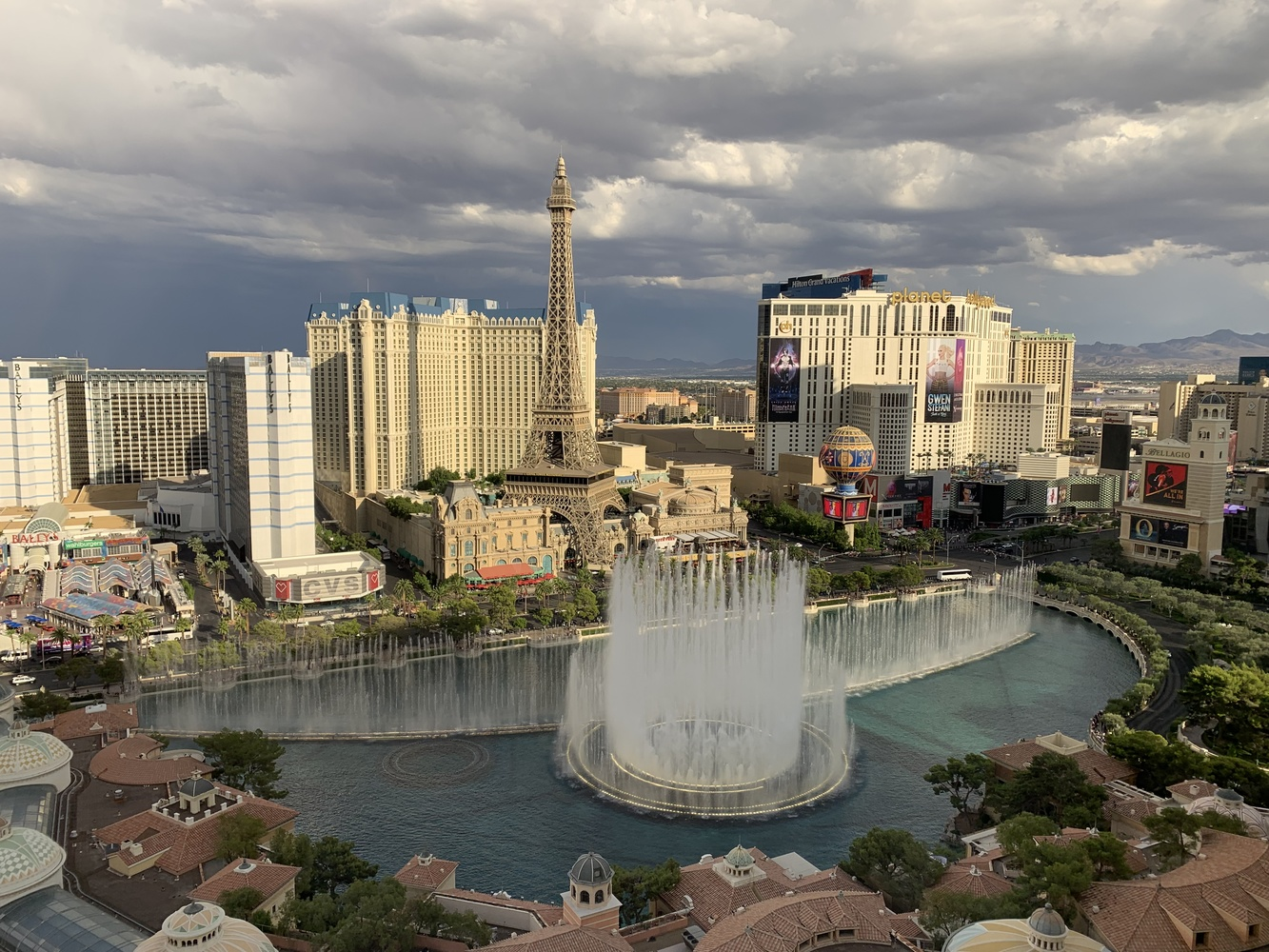 Vegas by James Zuffoletto