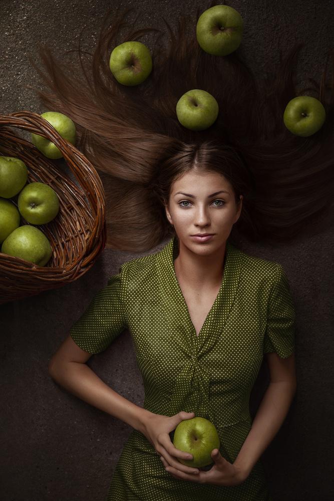 Green Apples by Teodora Dimitrova
