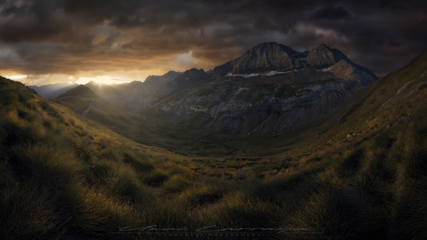 After the storm comes the calm by Unai Larraya