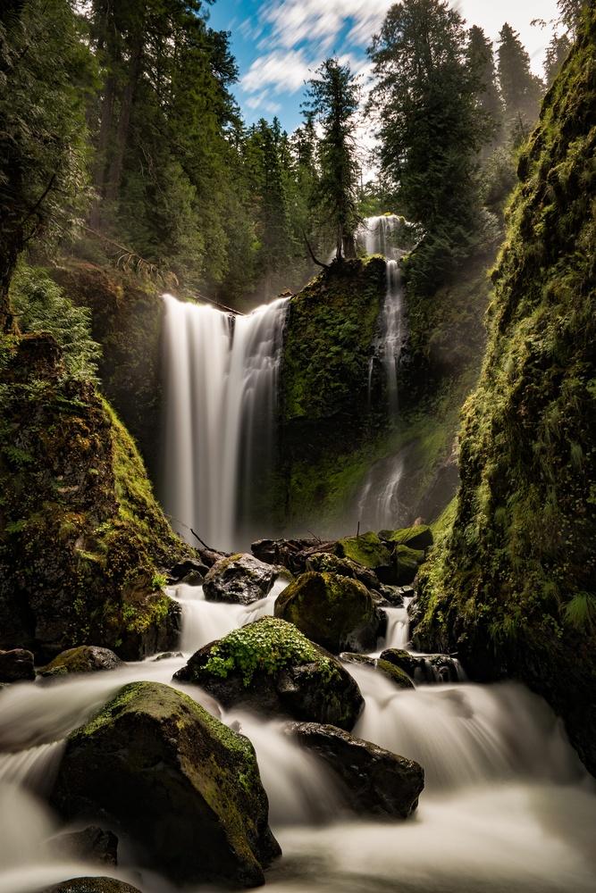 falls and creeks and falls by Wasim Muklashy