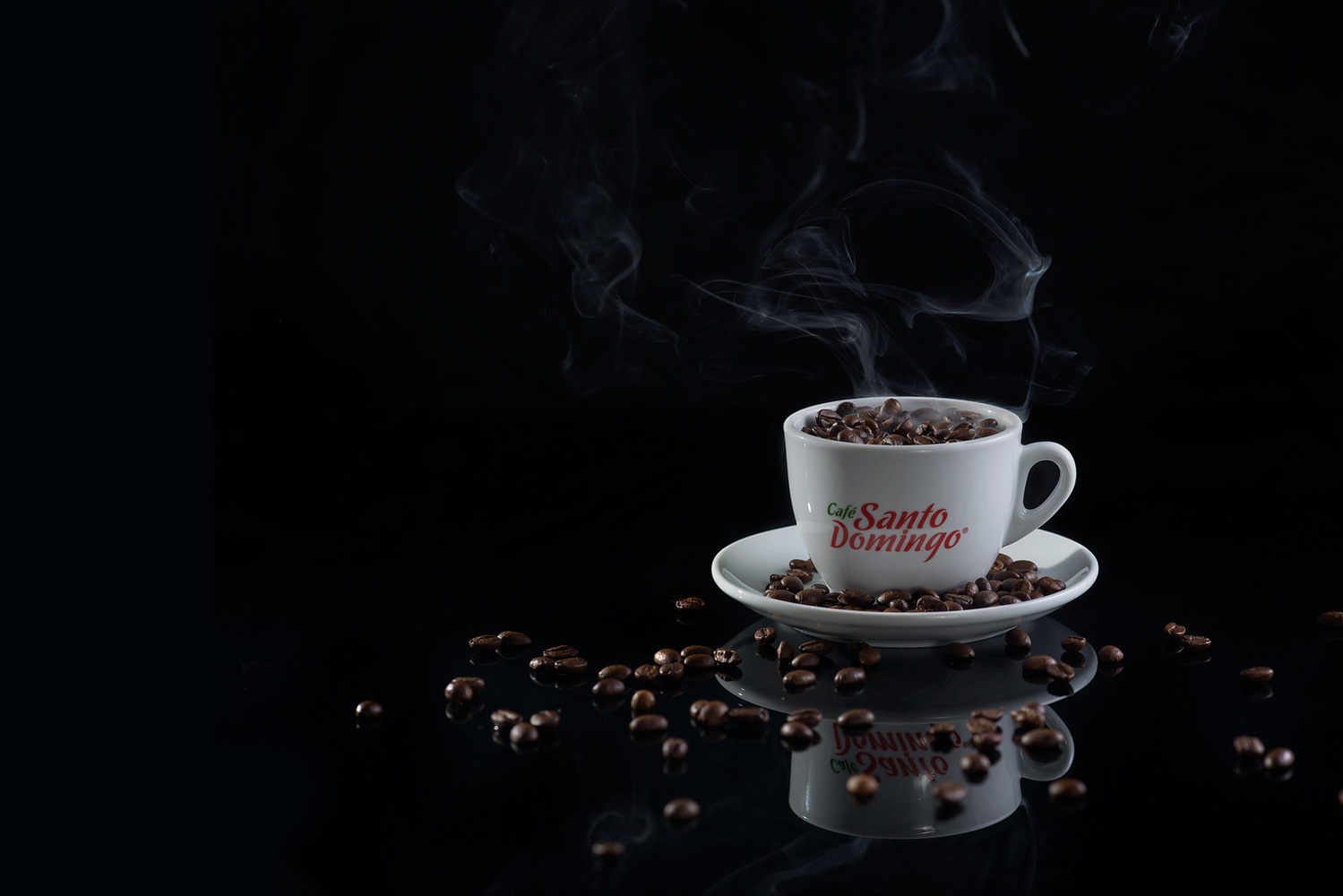 Cup of pure coffee by fremy feliz