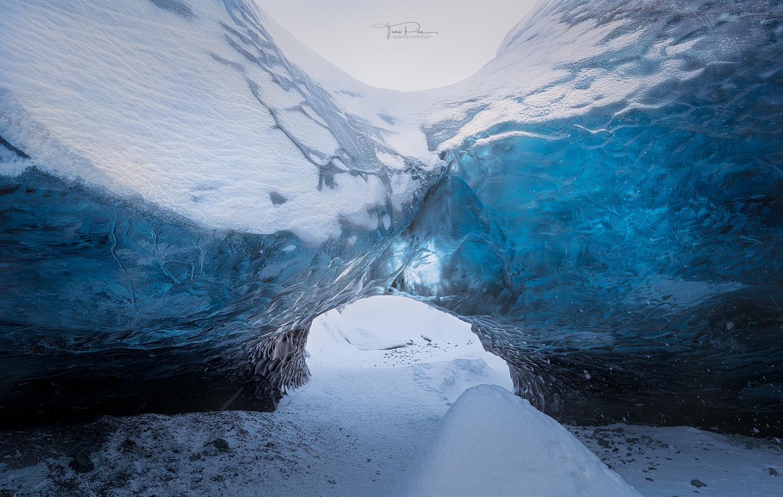 Frozen by Toni Pou