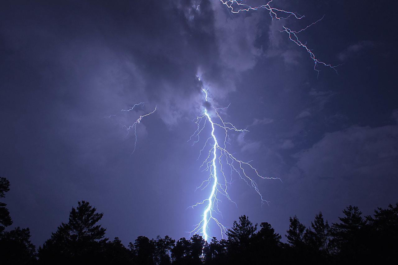 Lightning by Mike Andring