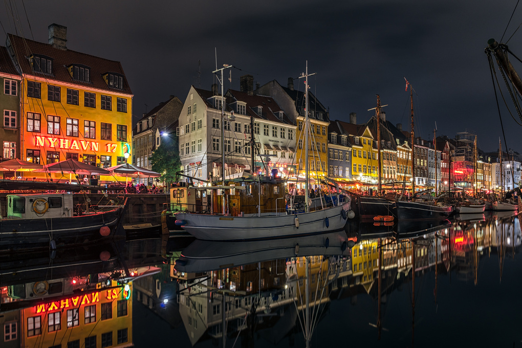 Nyhavn by Thomas Mørkeberg