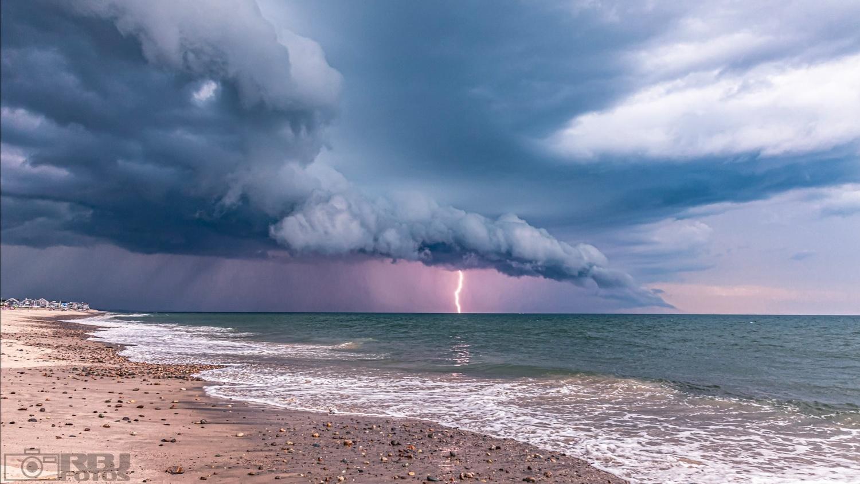 Aqua Team Thunder Force by Robert Johnson