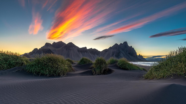Iceland by Jacek Swiercz