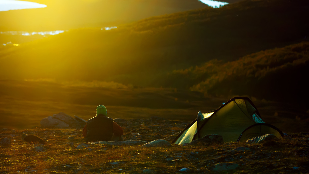 Camping on a mountain by Jonas Gunnarsson