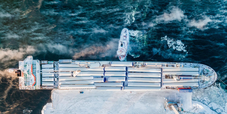 Ship in winter by Jonas Gunnarsson